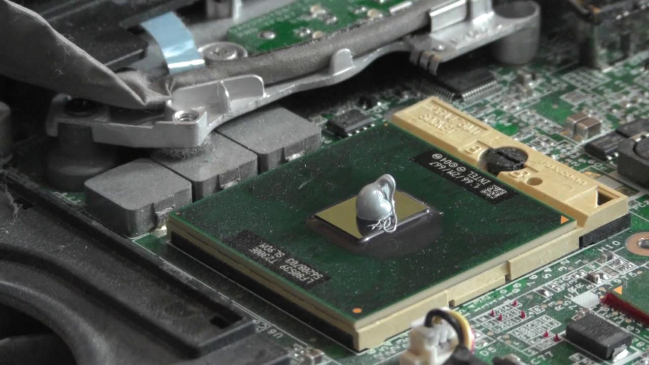 comment changer la p te thermique d 39 un processeur d 39 ordinateur portable youtube. Black Bedroom Furniture Sets. Home Design Ideas