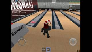 Bowling in ROBLOX at Brunswick's!