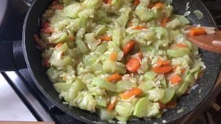 Кабачки с рисом и овощами просто и вкусно