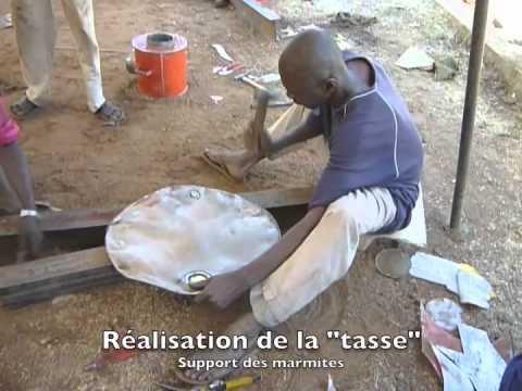 Fabrication de cuiseurs économes en bois. Bamako décembre 2011