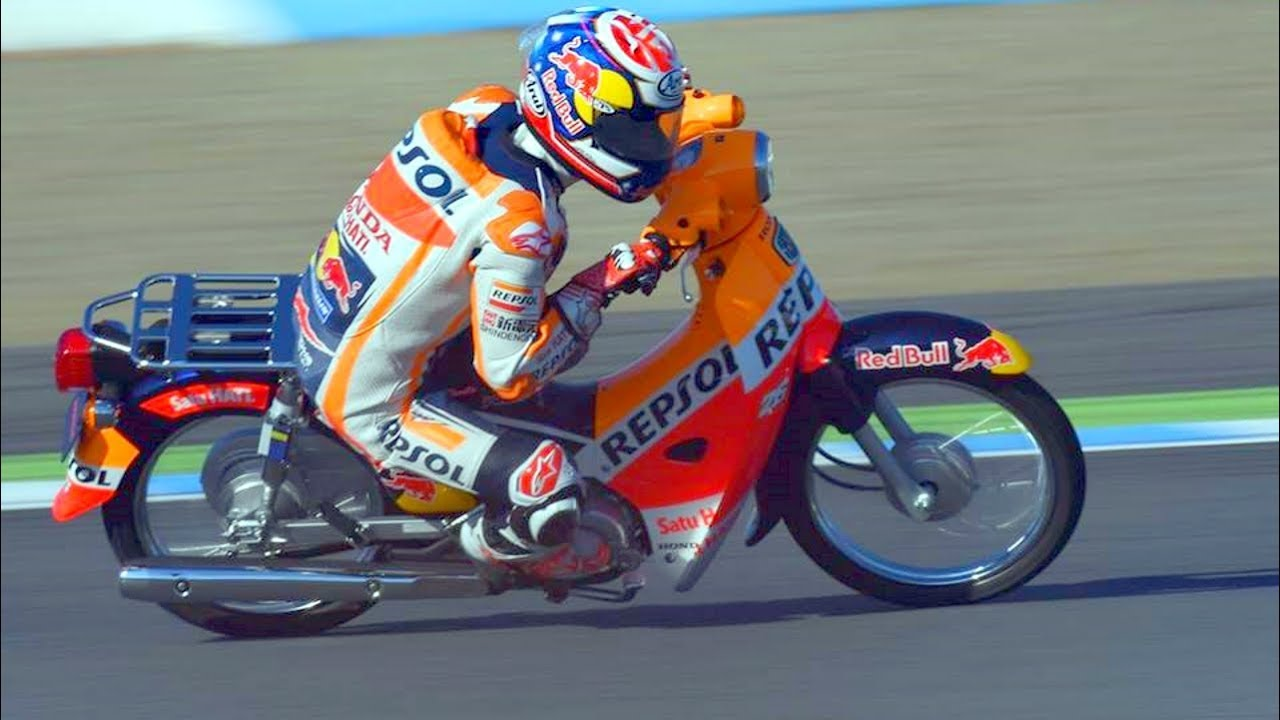 Haha!! FUNNIEST RACE of Marc Marquez vs Dani Pedrosa of MotoGP - YouTube