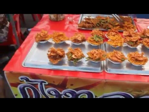 Prachuap Khiri Khan City Night Market Food (Video 1 of 2)