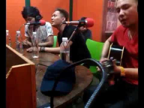 Trio GAB - Sebut Saja Dia Melati (Live Akustik at Citraswara FM Indramayu)