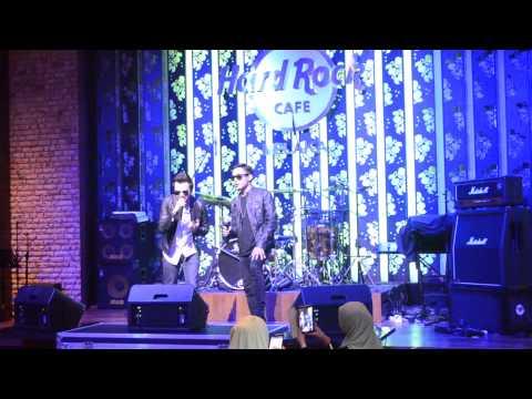 Azhael - Hujung Waktu Live In Hard Rock Cafe [showcase AIM21]