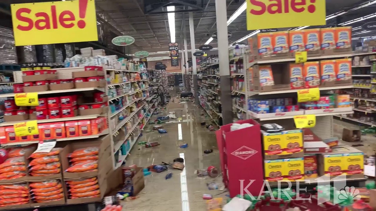 RAW VIDEO: Aftermath of looting at Cub Foods in Minneapolis Exploiting black deaths