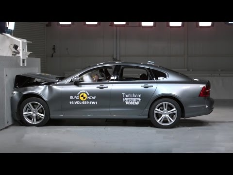 2017 Volvo S90 - Crash Test