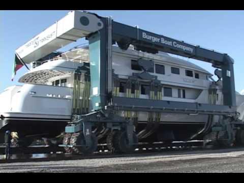 Marine Travelift - 500C Mobile Boat Hoist