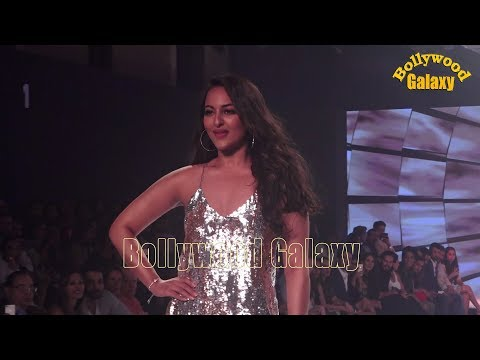 Sonakshi Sinha As Show Stopper For Nandita Mahtani At The Bombay Times Fashion Week 2018