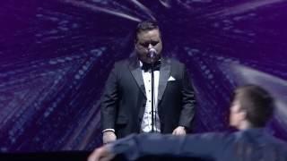 "Video Spotlight's Media Markt Eisgala 2016 - Paul Potts ""La prima Volta"" with Jeffrey Buttle download MP3, 3GP, MP4, WEBM, AVI, FLV Juni 2018"