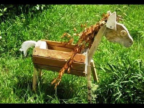 Креативная клумба лошадка.