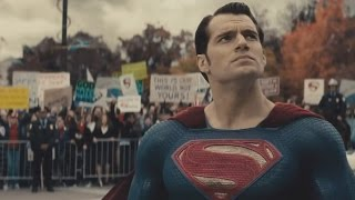 Batman v Superman: Dawn of Justice Official Comic-Con 2015 Trailer