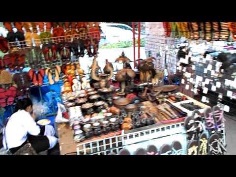 ไนท์บาซาร์เวียงจันทร์ Night Bazaar vientiane