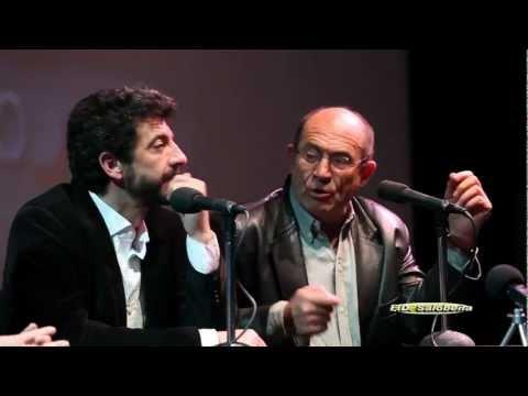 Coloquio Con Alberto Rodríguez Librero Director y Guionista de la pelicula Grupo 7