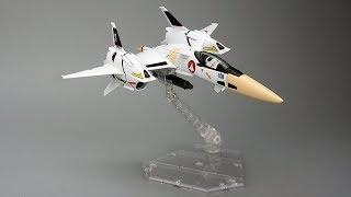 Bandai Hi-Metal R VF-4 Lightning III Review