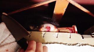 屋根裏から血だらけの生首出てきたらどうなる?【ドッキリ】 thumbnail