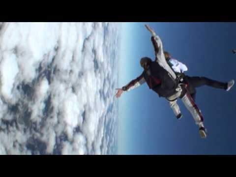 Tandem Skydiving at Skydive Cross Keys, Williamstown NJ