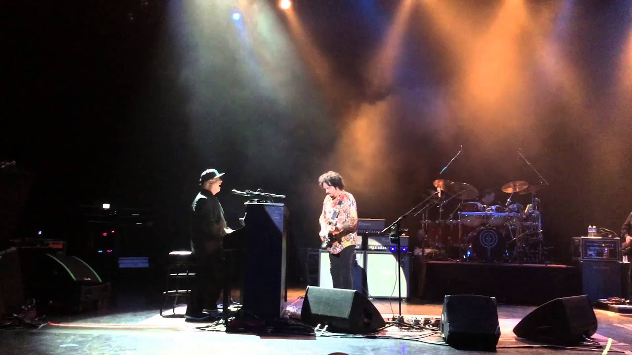 Toto live in Vancouver BC, Canada 2015 part1 - YouTube