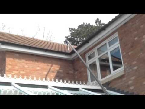 cleaning gutters local