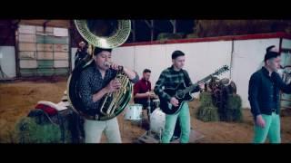 Grupo Dos Banderas-El Plebe (Video Oficial)