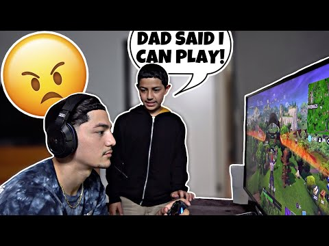 What it's like having a little brother 🤬 thumbnail
