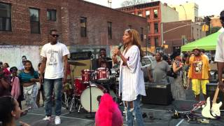 Lil Mama live performing Lip Gloss and Sausage at Brooklyn Bazaar block party