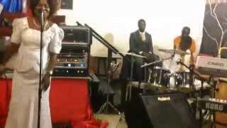 The Bethsaida Choir:Sonnie Badu Wonder God