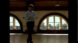 Mikhail Baryshnikov: O sol da Meia noite (White Nights) - cena em que executa 11 piruetas.flv