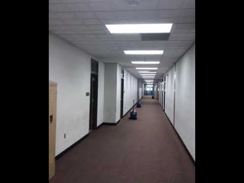 Cleaning large commercial Carpets with Zipper Wand