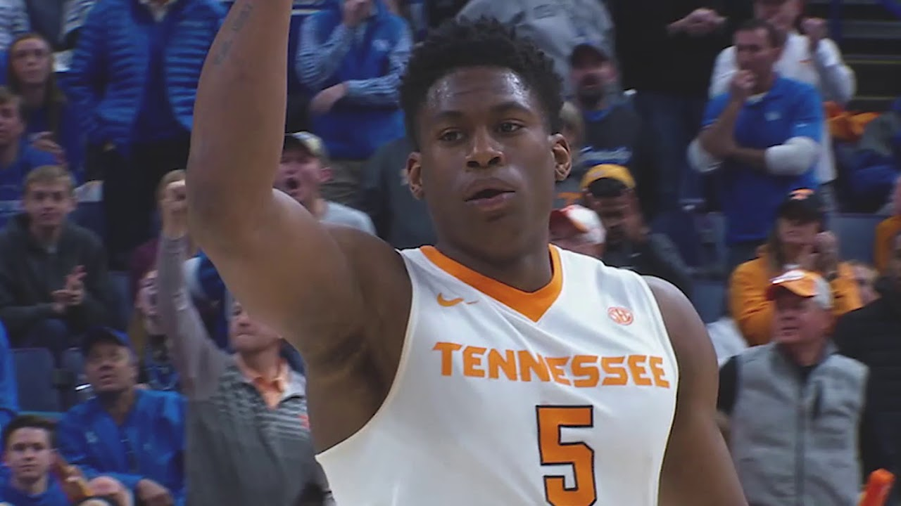 It's Round 3 for Tennessee and Kentucky in SEC Tournament semifinals