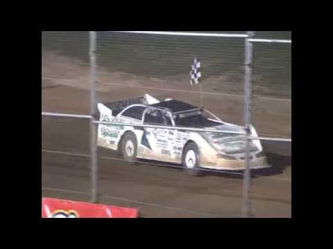 5/27/2017 Plymouth Dirt Track Racing Late Model Feature Jesse glenz Wins