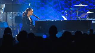 Alicia Keys - Hard Knock Life - Jay Z Tribute