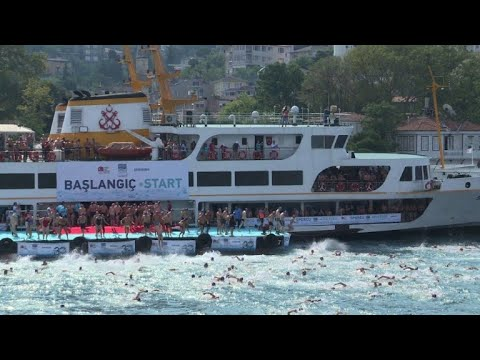 Thousands cross continents in Istanbul swim race