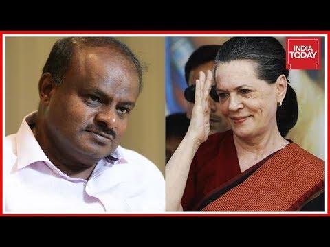 Breaking   Sonia Gandhi Offers JDS's Kumaraswamy Chief Minister's Post