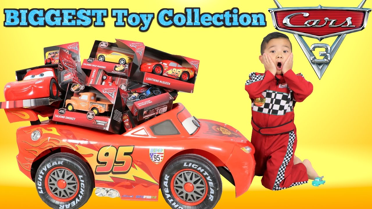 Biggest disney cars 3 toy collection ever delivered by for Bureau cars toys r us