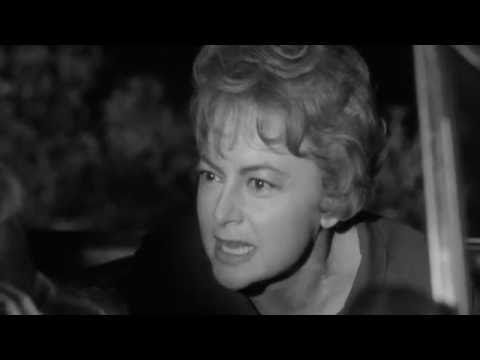 hush hush sweet charlotte bette davis olivia de havilland youtube. Black Bedroom Furniture Sets. Home Design Ideas