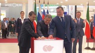 видео: Минниханов и Левитин открыли выставку «Дорога 2018»