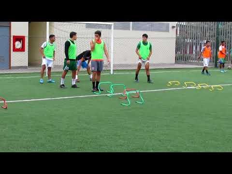 Entrenamiento de Fútbol con Mucho Esfuerzo del Equipo UPN.