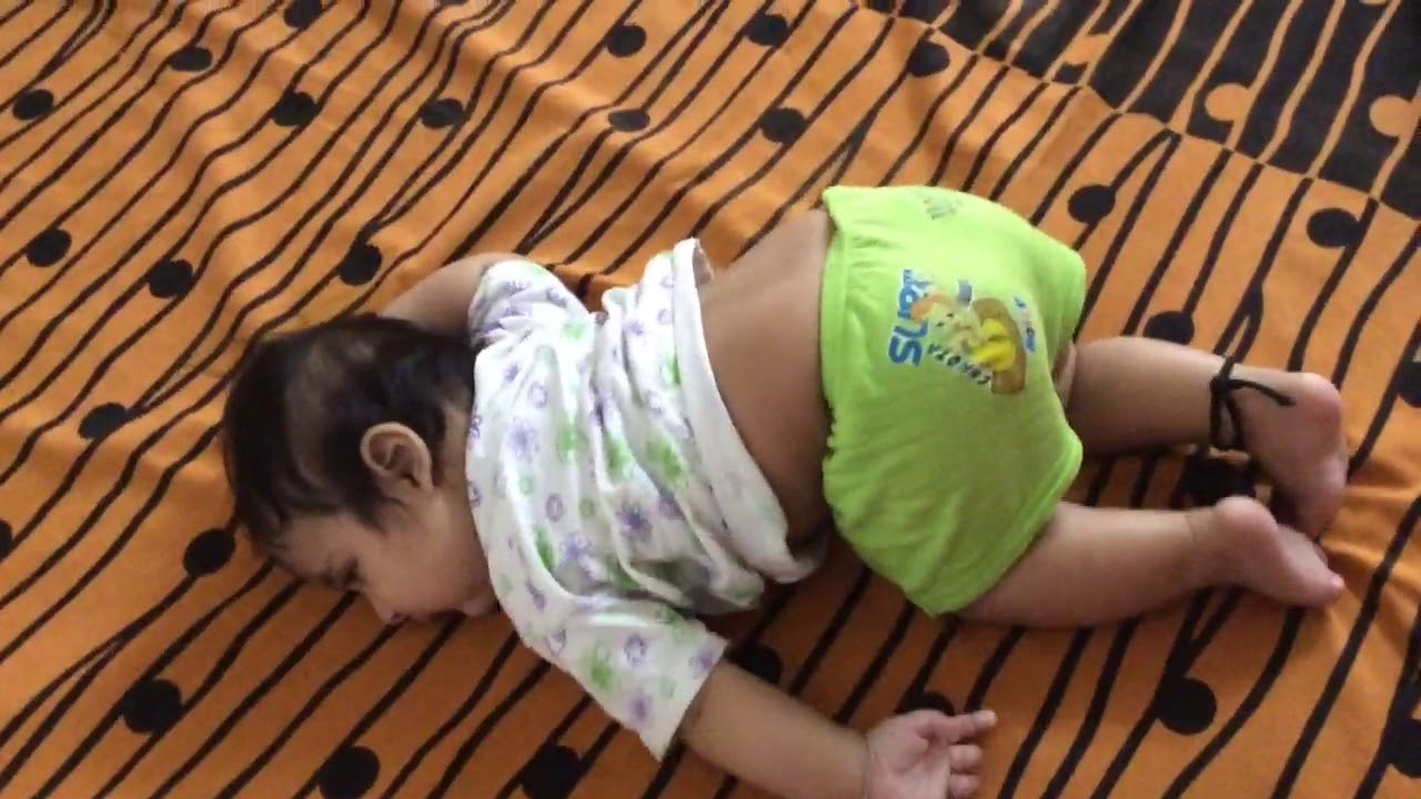 3 month baby start rolling over| 3 moth baby movement|baby ...