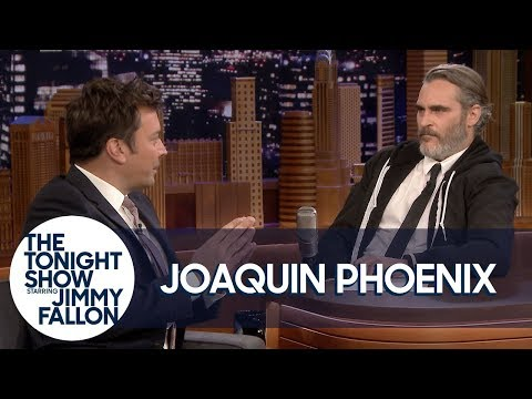 Joaquin Phoenix and Jimmy Fallon Trade Places