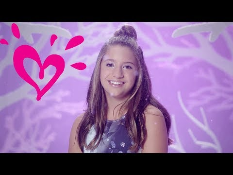 MACKENZIE ZIEGLER 💗 PERFECT HOLIDAYS - OFFICIAL MUSIC VIDEO