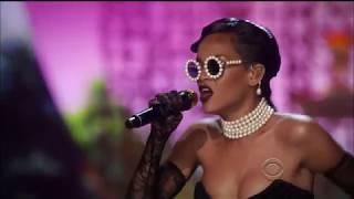 Rihanna - Diamonds (Performance Live Victoria's Secret Fashion Show)
