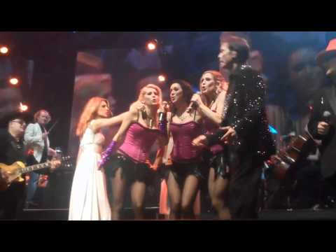 NIGHT OF THE PROMS FINAL FINALE- KID CREOLE AND THE COCONUTS