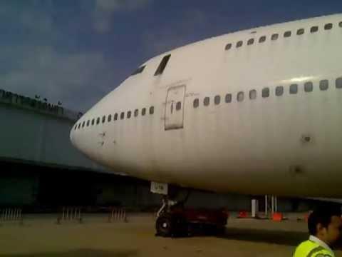 HS-UTR Orient Thai Airlines Boeing 747-246B