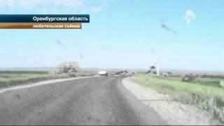 Жуткая авария под Оренбургом: машина перевернулась не менее 12 раз