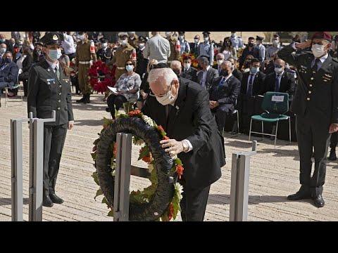إسرائيل تحيي ذكرى ضحايا المحرقة من اليهود إبان الحكم النازي…