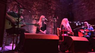 Judie Tzuke So Emotional The Caves Edinburgh 27 09 2015