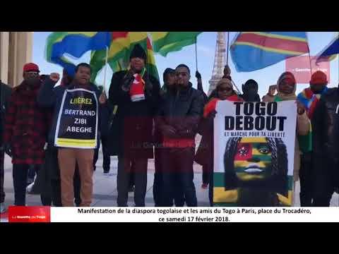 Manifestation de la diaspora togolaise et les amis du Togo à Paris, place du Trocadéro