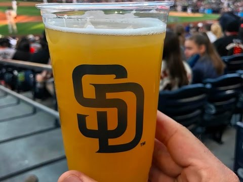 VLOG 005 - GIANTS VS PADRES // PETCO PARK CRAFT BEER // EATING PLANT BASED AT AN MLB STADIUM