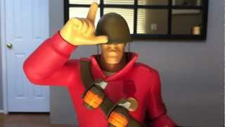 TF2 Red Soldier EX Statue Review by Gaming Heads