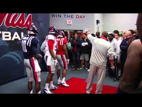 Ole Miss Football 2013: Uniform Updates